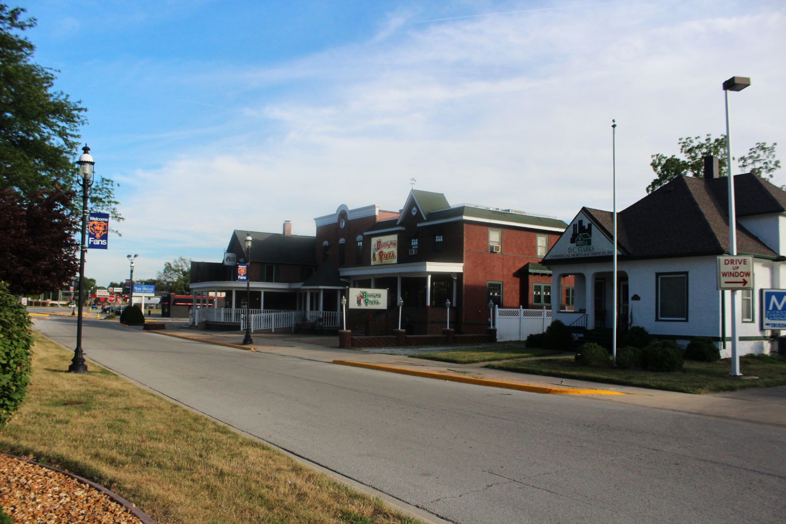 street view of beggar's pizza in bourbonnais illinois
