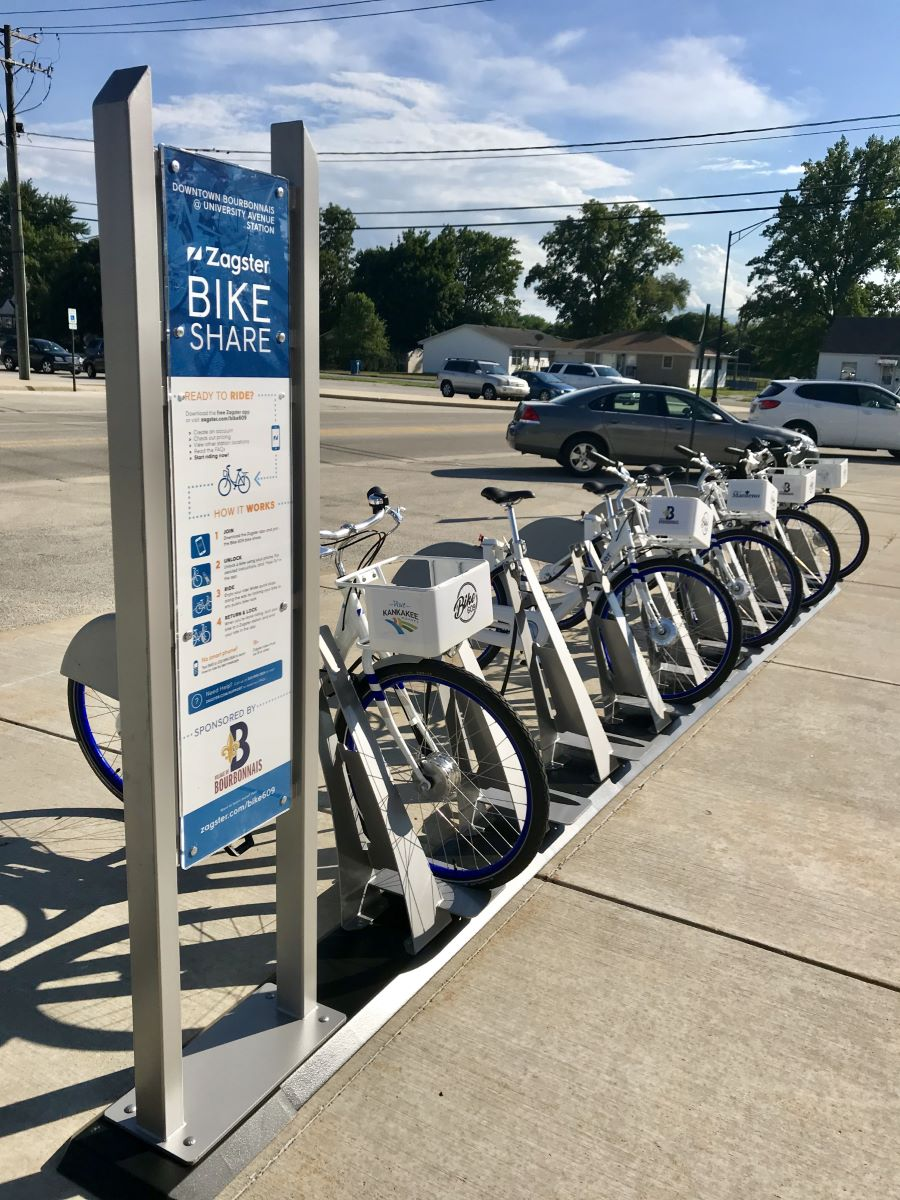 zagster bike609 station with bikes and informational sign